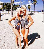 Davis twins